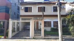 Casa à venda com 3 dormitórios em Jardim botânico, Porto alegre cod:AR11