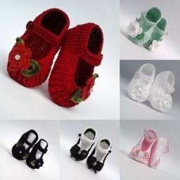 Sapatinhos de croche feminino varias cores e modelos