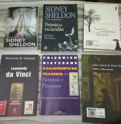 Livros diversos - 20 cada.