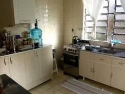 Armários de cozinha, Guarda roupas e cama de casal Quem Ortobon