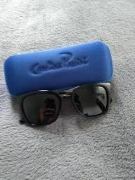 Óculos de sol e armação da Carolina Passini