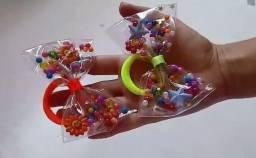 Laços para usar na piscina ou na praia