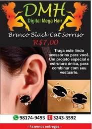Brinco black cat sorriso