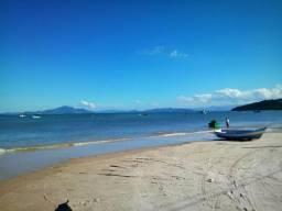 Excelente terreno na Praia de Zimbros / Bombinhas SC - 275 m2