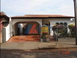 Casa  com 3 quartos - Bairro Vila Casoni em Londrina