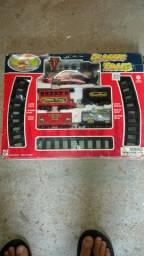 Tren antigo brinquedo