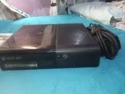 Xbox 360 vendo ou troco em placa de vídeo