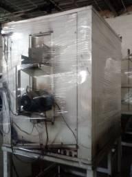 Maquina de embalar e fono