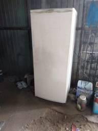 """""""geladeira"""" Refrigerador R310 Electrolux"""