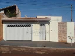 Casa à venda com 4 dormitórios cod:V5366