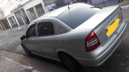 Astra sedan 1.8 ano 2001
