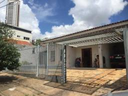 Casa em ótima localidade central de Cuiabá, com 183,98m²