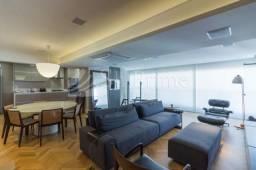 Vende-se lindo apartamento em Pinheiros.