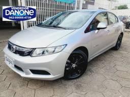 Civic LXS ano 2014 revisado 4 pneus novos placa Goiânia