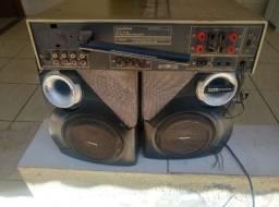 Duas Caixa De Som Com Amplificador