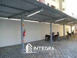 Cobertura e Escada Metálica / Garagens e Vagas