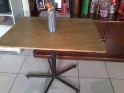 Mesa com Mesa de centro