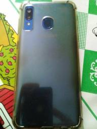 Samsung A20 (troco por 6s ou 7)