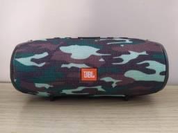 Caixa de Som JBL Xtreme Verde Camuflada (22cm)