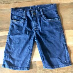 Short jeans menino semi-novo