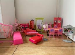 Móveis para casa de Barbie