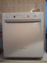 Lava louça Brastemp praticamente nova