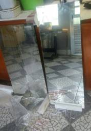 3 Espelhos=2 de guarda roupa novos 21Lx80C e 1 de parede seminovo perfeito91Cx33L R$70 = 3