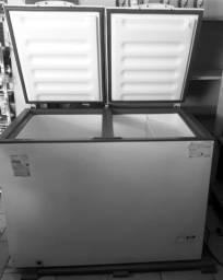 Título do anúncio: Vende se um Freezer Semi-novo