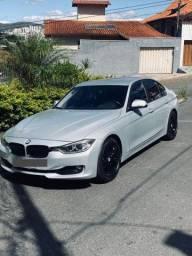 BMW 320i 13/13