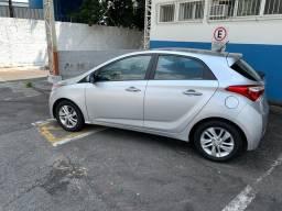 VENDO HB20 1.6 premium automático com 31800 km