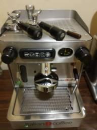 Título do anúncio: Máquina de Café Italian Coffee Torino com moinho