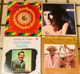 Vendo lote com 40 LPs todos em bom estado