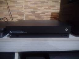 Xbox One X Leiam o anúncio