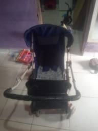 Título do anúncio: Vende-se carrinho de bebê