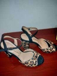 Vende-se sapatos seminovos e novos