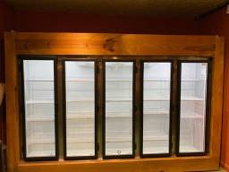 Expositor refrigerado 5 portas Fricon