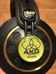 Fone de ouvido AKG - K240 Studio