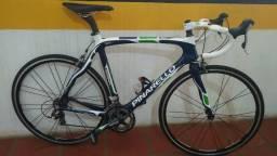 Bicicleta Speed Pinarello Movistar Carbono
