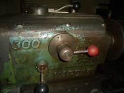 Torno mecânico Nardini 300 mais ferramentas para oficina de tornearia
