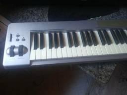 Controlador Midi M-audio