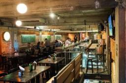 Bar e Restaurante na Orla da Atalaia com lucratividade em crescimento e clientela formada