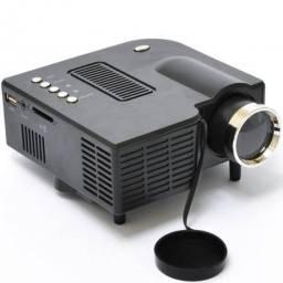 Mini Projetor Portátil Led 60 Pol Hdmi Usb Sd Vga Av Uc28 (NOVO)