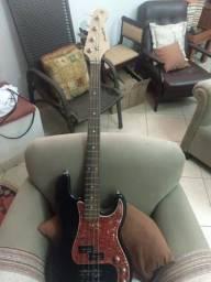 Guitarra e baixo para canhoto