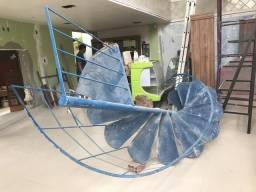 Escada Caracol em Ferro medindo 3.00 metros de altura por 1.10 de comprimento