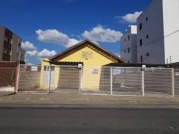 Aluga-se uma linda casa no Jardim Paulistano
