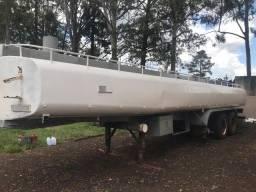 Tanques para água e óleo vegetal