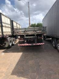 Caminhão MBebz