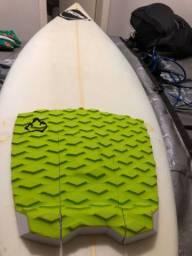 Prancha surf semi nova, 6?4?, da proibit, usada 5x
