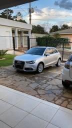 Audi a1 2012 completo com teto