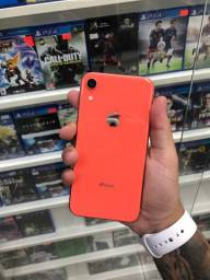 iPhone XR coral 64gb impecável com garantia